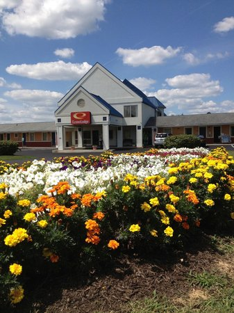 Photo of Econo Lodge Mechanicsburg