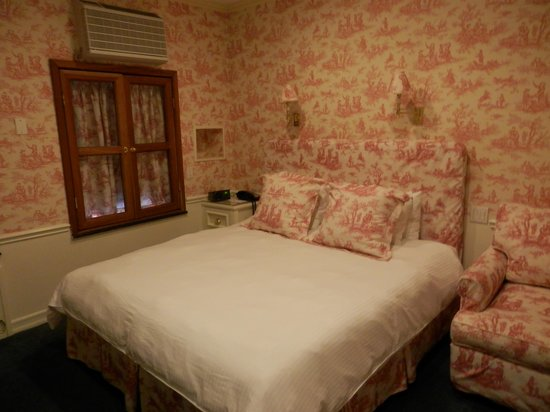 Mayfair Hotel: If I remember right this is room 505