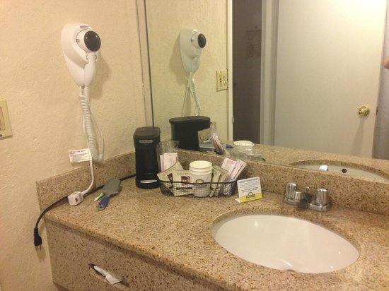 Days Inn Miami International Airport: Baño
