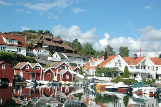 Kristiansand Norway  city pictures gallery : HOLLEN, NORWAY Picture of Kristiansand Domkirke, Kristiansand ...