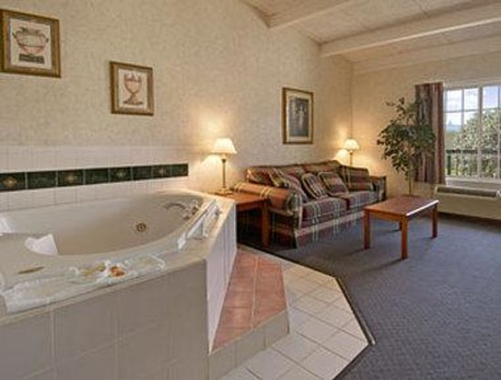 Hotel Suites With Jacuzzi In Room Lexington Ky