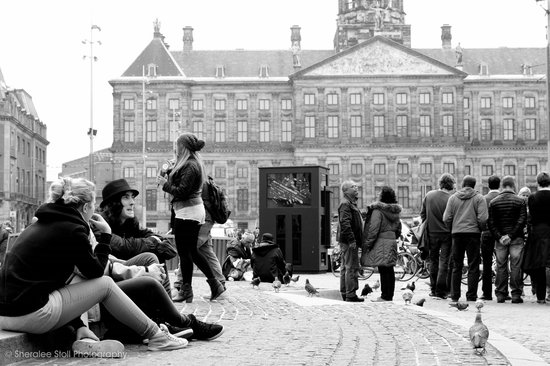 NH Collection Amsterdam Grand Hotel Krasnapolsky: Outside the hotel, Dam Square