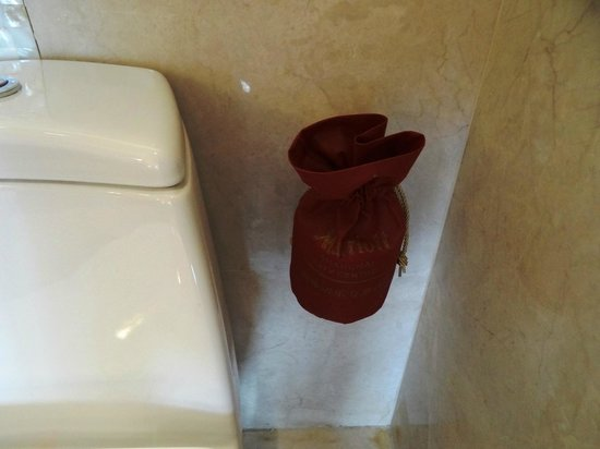 Unique Extra Toilet Paper Holder