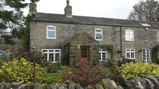 Housley Cottages