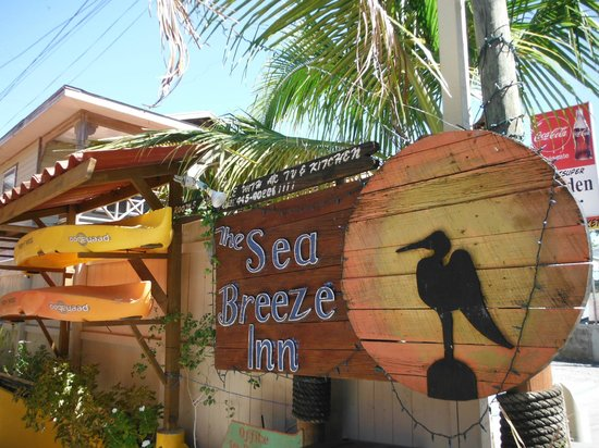 ‪Sea Breeze Inn‬