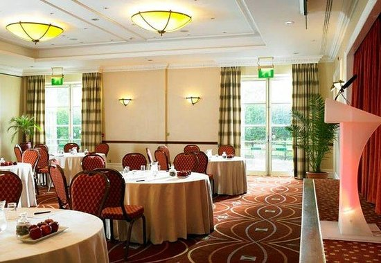 Holiday Inn Oldbury Function Room