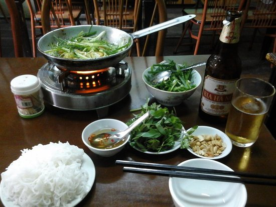 Grilled Fish Hanoi-Style With Rice Noodles And Herbs ...