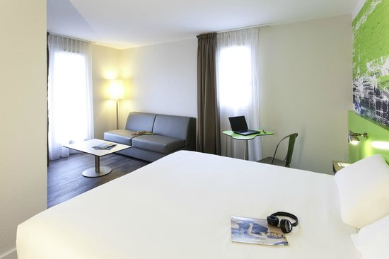 Photo of Alliance Hotel Lyon Villeurbanne
