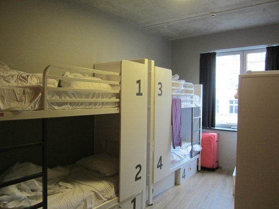 female dorm 6 picture of generator berlin mitte berlin tripadvisor. Black Bedroom Furniture Sets. Home Design Ideas