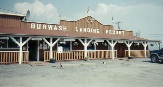 Burwash Landing Resort & RV Park