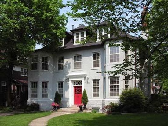 Photo of Red Door Bed and Breakfast Toronto