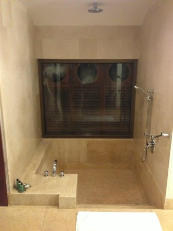 bath tub with rain shower picture of park hyatt goa resort and spa