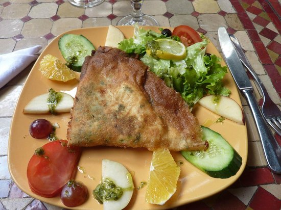 Brick L 39 Oeuf Photo De La Table Marocaine Istres Tripadvisor