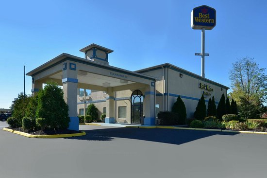 Photo of Best Western Executive Inn Carrollton