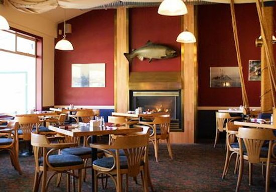 Photo of Quarterdeck Inn Port Hardy