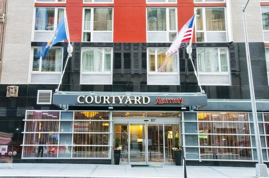 ‪Courtyard by Marriott New York Times Square West‬