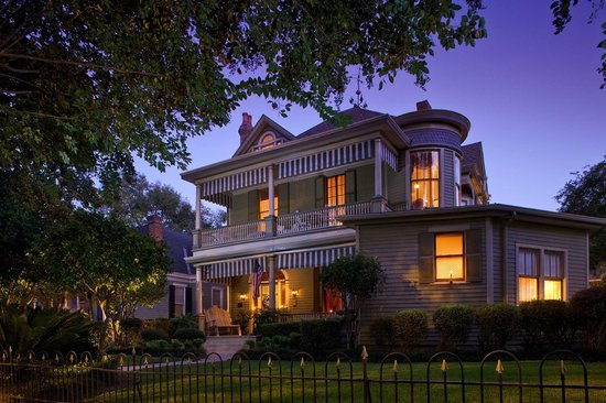 Photo of Devereaux Shields House Natchez