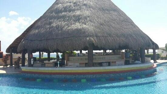 Heaven en Hard Rock Hotel Riviera Maya: bar piscina