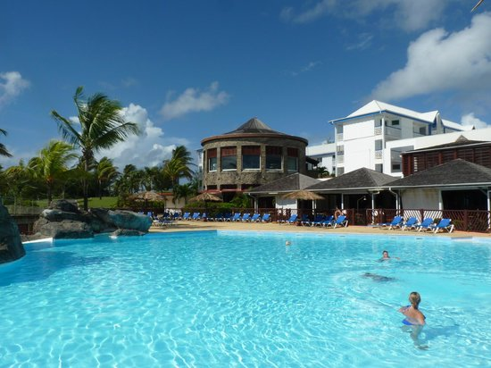 Le manganao hotel club paladien guadeloupe saint fran ois for Club piscine lasalle