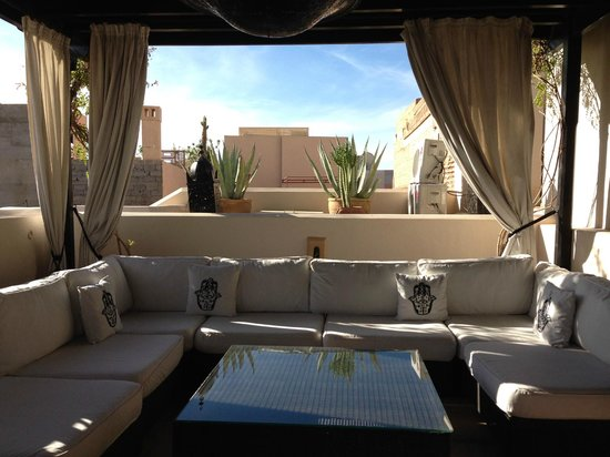 Riad Adore: LOUNGE AREA ROOF TOP