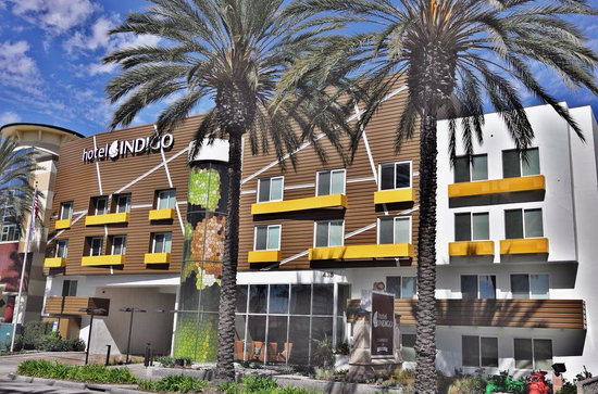 Photo of Holiday Inn Express Anaheim Maingate