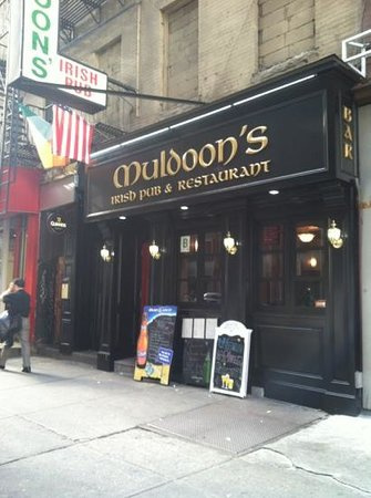 Muldoon's Irish Bar and Restraunt