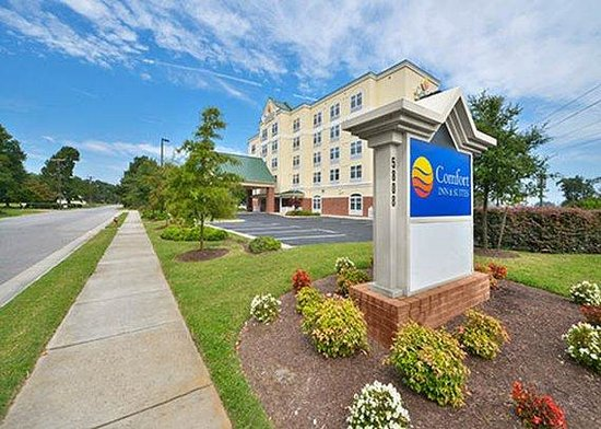 Comfort Inn & Suites Virginia Beach - Norfolk Airport Photo