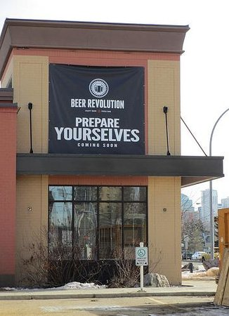 Beer Revolution - Oliver Square Edmonton