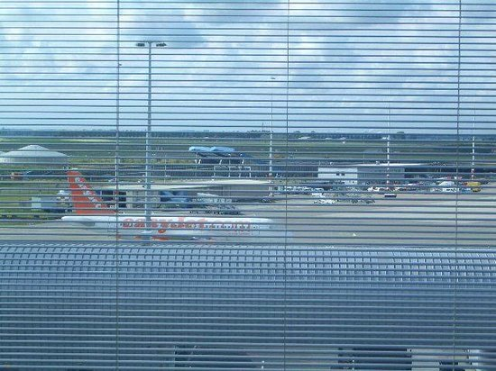 citizenM Schiphol Airport: Room view