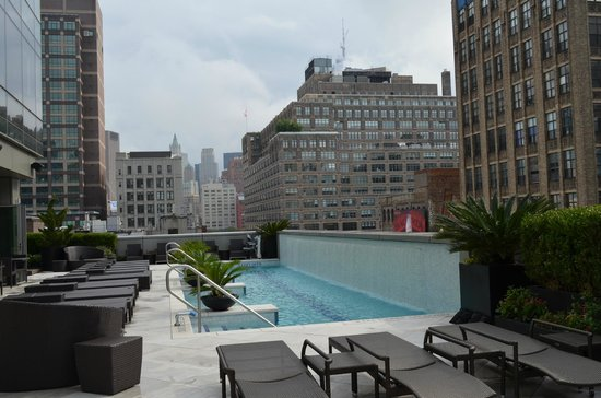 Piscine picture of trump soho new york new york city for Piscine new york