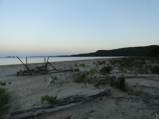 The beach in the evening looking southwest picture for Terrace bay ontario