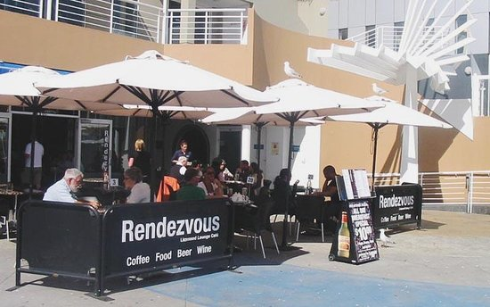 Rendezvous Lounge Cafe