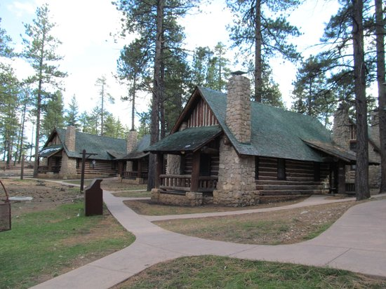 Bryce canyon lodge picture of bryce canyon lodge bryce for Bryce canyon cabin rentals