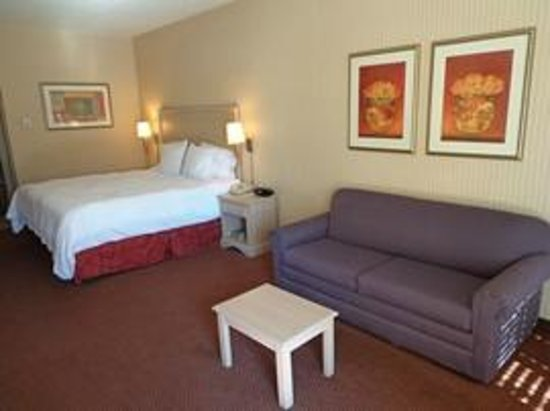 Photo of Hampton Inn Albuquerque Airport
