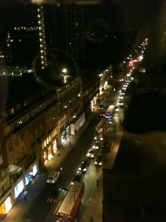 Millennium Hotel London Knightsbridge: right hand view from our room