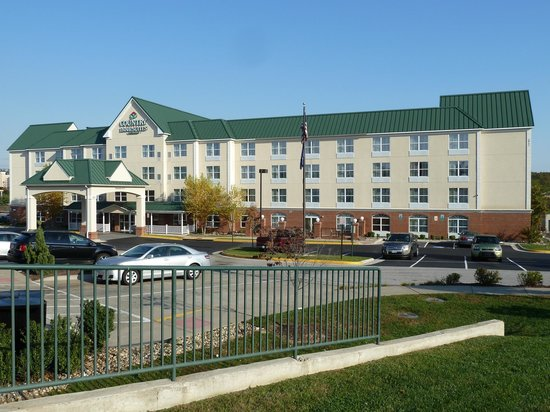 1 Bedroom Suite Picture Of Country Inn Suites Woodbridge Woodbridge Tripadvisor