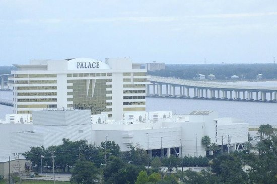 Harrah's Gulf Coast: The Palace Hotel and Casino and the new Bridge over the bay