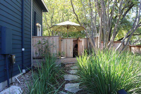 Gateway Guesthouse: Private deck of the Loft room