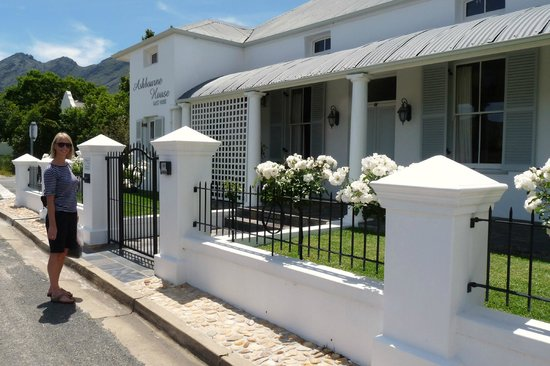 Ashbourne House Guest House: Outside view