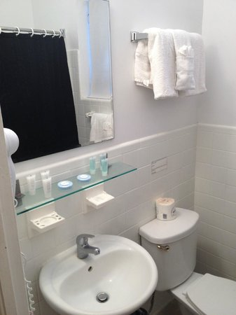 minuscule salle de bain picture of ocean reef suites miami beach tripadvisor. Black Bedroom Furniture Sets. Home Design Ideas