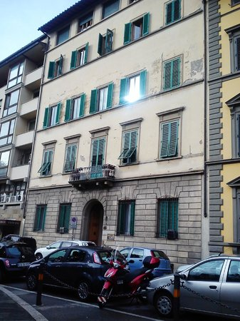 Hotel Andrea: The Building from outside