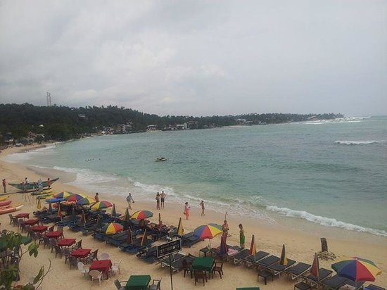 Upul's Guest House: The beautiful beach <3