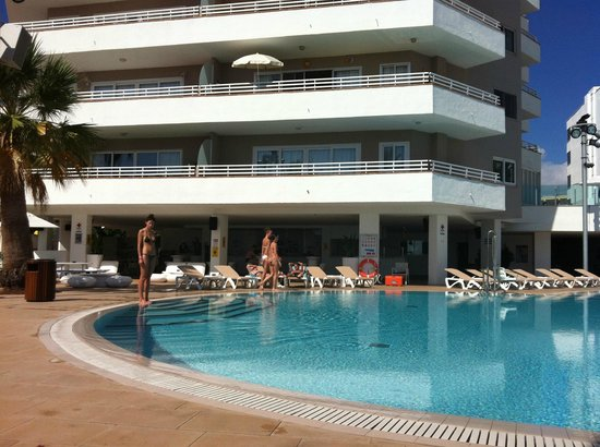 Sol wave house picture of sol wave house magaluf for Royal boutique residence prague tripadvisor