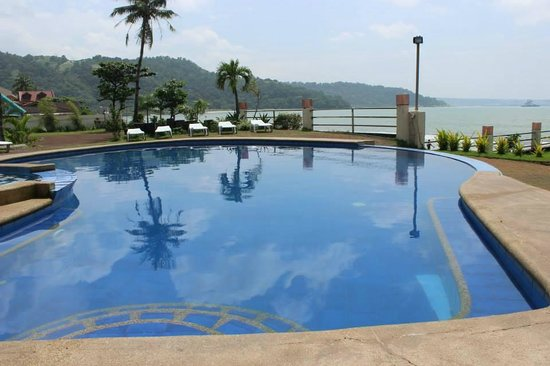 The best hotels and resorts in the philippines where to for Terrace hotel subic