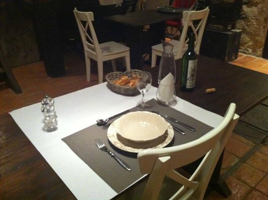 Table dress e pour le d ner - Table pour diner ...