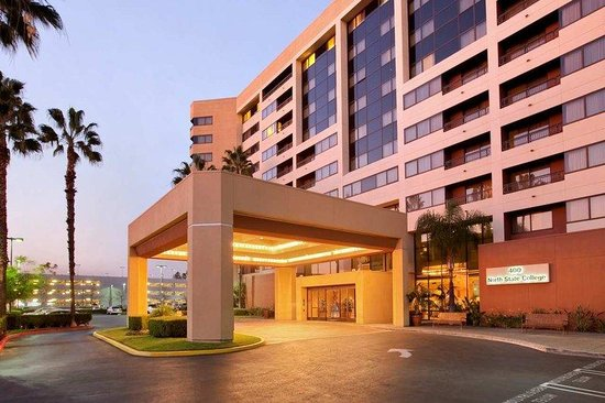 Embassy suites anaheim orange orange county hotel - Maison d architecte orange county californie ...