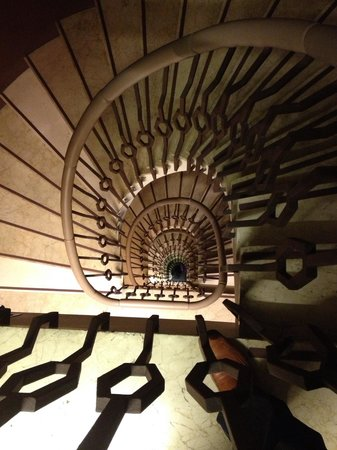 Wilson Boutique Hotel: Amazing stairs