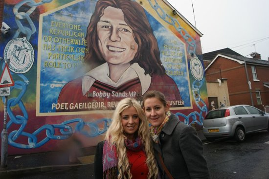 Sinn fein head office falls road picture of belfast for Bobby sands mural falls road