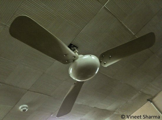 Vintage ceiling fan - Picture of Indian Coffee House, Chandigarh ...