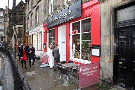 yeah jubilee lets itself down with its delivery and the quality. Their delivery is slow and lukewarm. If all you are after is a chip roll though, then they are the best in granton.